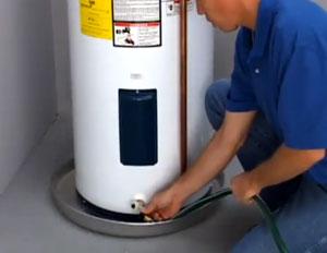 hot-water-heater-draining